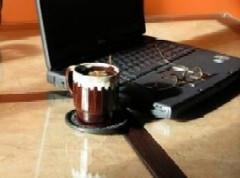 Laptop_coffee